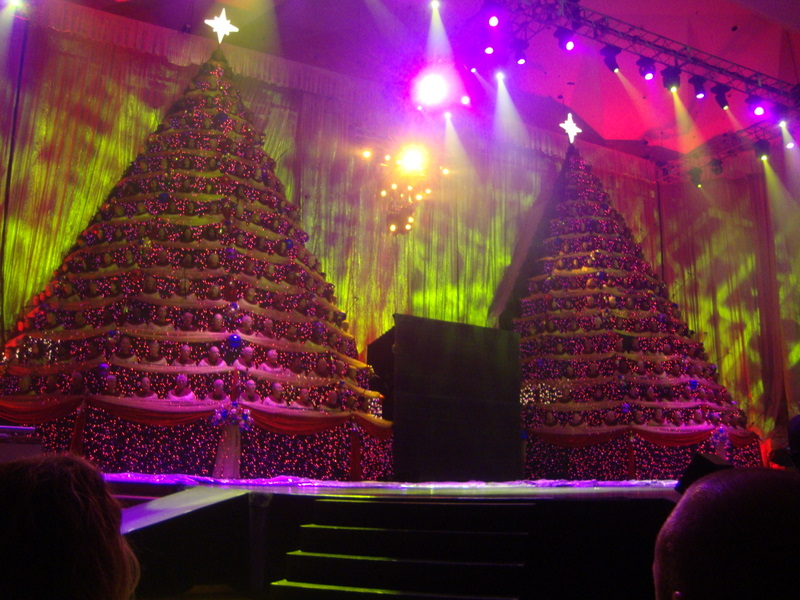 singing_christmas_trees