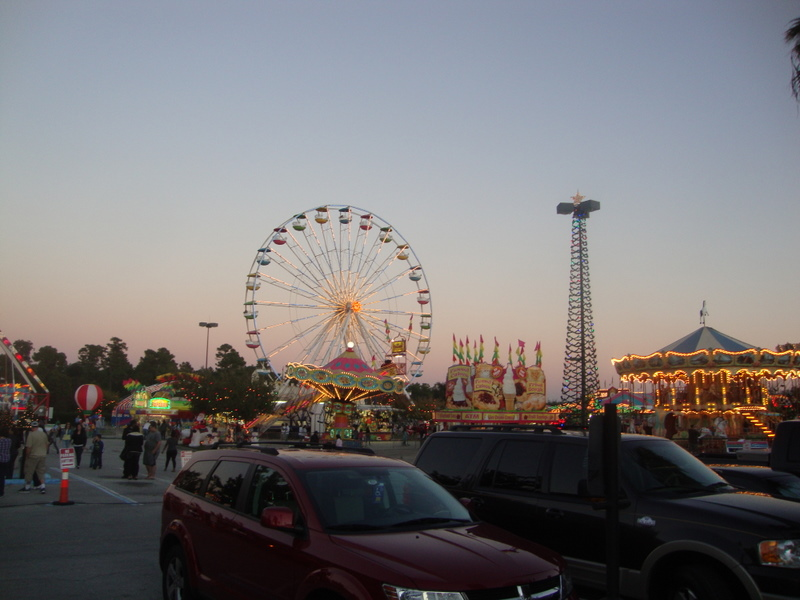 waterford-lakes-christmas-carnival